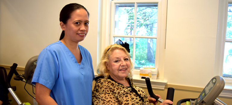 Double Knee Replacement Surgery Can't Keep This Rehab Patient Down!