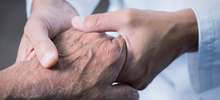 When a Geriatric Nurse Becomes Her Parents' Caregiver:  A Q&A with Hildy Sheinbaum, RN